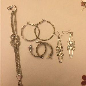 Random antique estate jewelry some tarnish
